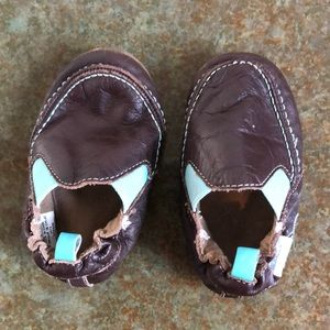 Leather robeez toddler moccasins, 6-12 months
